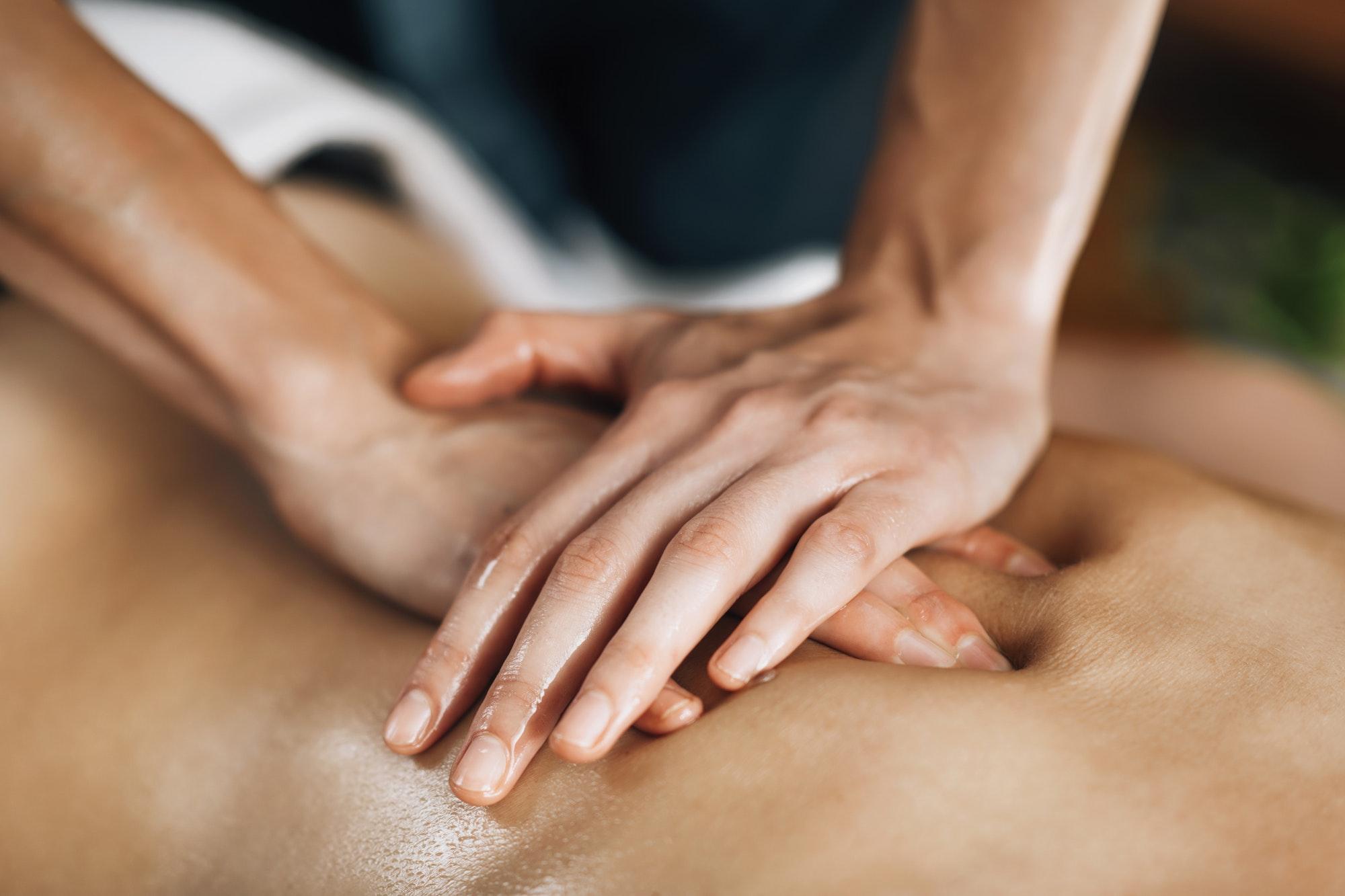 Ayurveda Back Massage